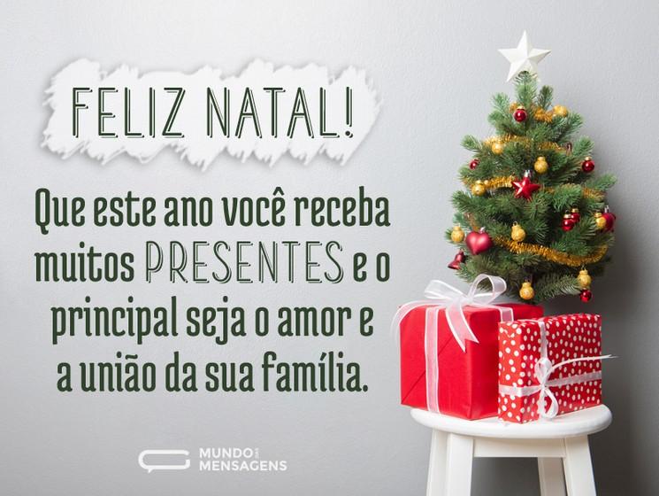 Feliz Natal que este ano você receba muitas presentes